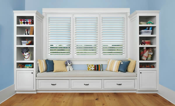 Hunter Douglas Palm Beach Polysatin Shutters